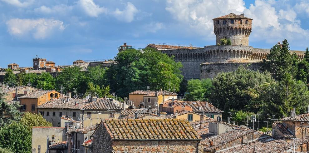 Volterra – Afbeelding van Ben Kerckx via Pixabay