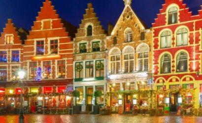 Stedentrip met de trein naar Brugge kerstmarkt België